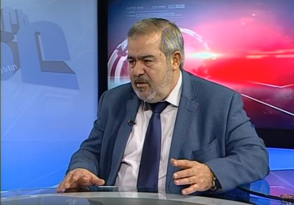 "Markarian during his interview with Armenia's Yerkir Media Television's ""Yerkri Harts"" program"