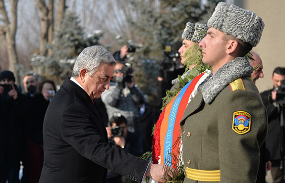 President Sarkissian at Yerablur paying tribute. (Source: Public Radio of Armenia)