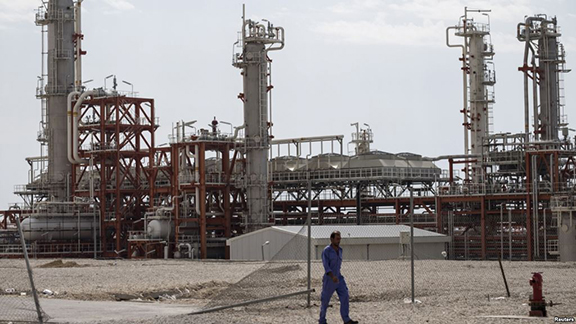 An Iranian worker walks at a unit of of South Pars Gas field in Asalouyeh Seaport, north of Persian Gulf. (Source: Reuters)