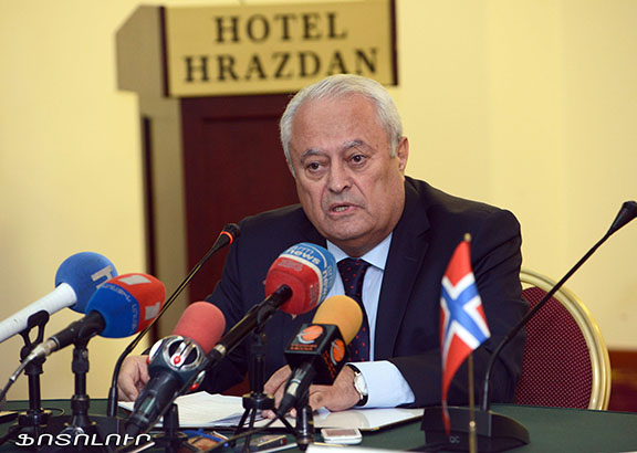 Armenian Minister of Energy and Natural Resources Yervand Zakharyan. (Source: Photolur)