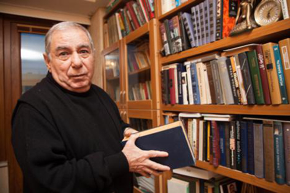 Azerbaijani author Akram Aylisli