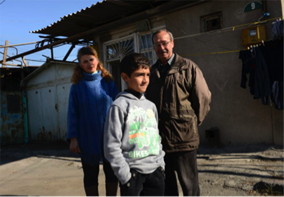 Syrian Refugees building new lives in Armenia, 2015. (Source: Zaven Khatchikyan)