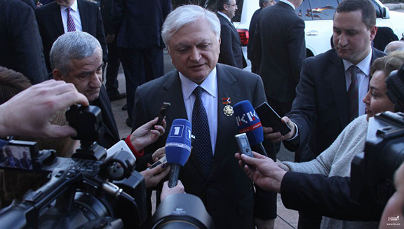 Armenian Foreign Miniser Edward Nalbandian speaks to reporters in Stepanakert on March 2, 2017 (Photo: Ministry of Foreign Affairs of Armenia)