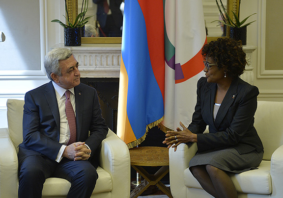 Sarkisian meets Secretary General of the International Organization of Francophonie (IOF) Michaëlle Jean (Photo: Press Office of the President of Armenia)