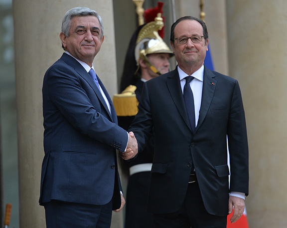 Armenian and French Presidents Serzh Sarkisian and Francois Hollande meet in Paris on March 8, 2017 (Photo: Press Office of the President of Armenia)