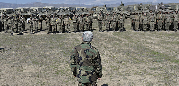 Sarkisian visits troops in Artsakh during working visit on March 25 (Photo: Press Office of the President of Armenia)