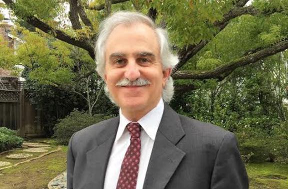 Dr. Shahe Yeni-Komshian