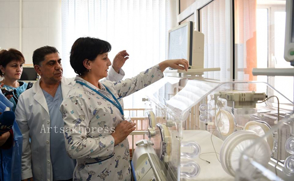 Stepanakert's Maternal and Child Health Center and the Arevik Children's Hospital each received two couveuses (Photo: Artsakhpress)