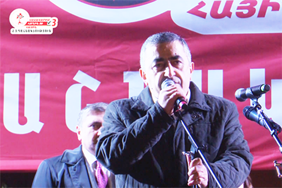 ARF Bureau member Armen Rustamyan during a campaign rally on Monday