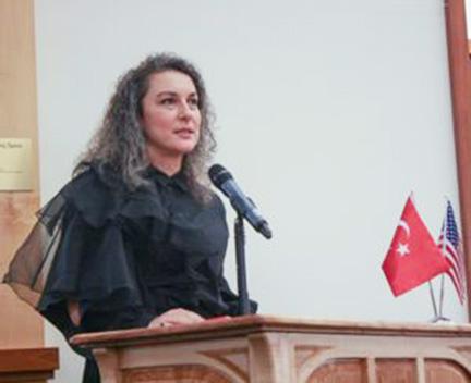 Turkish Consul General Ceylan Özen Erişen addressing guests