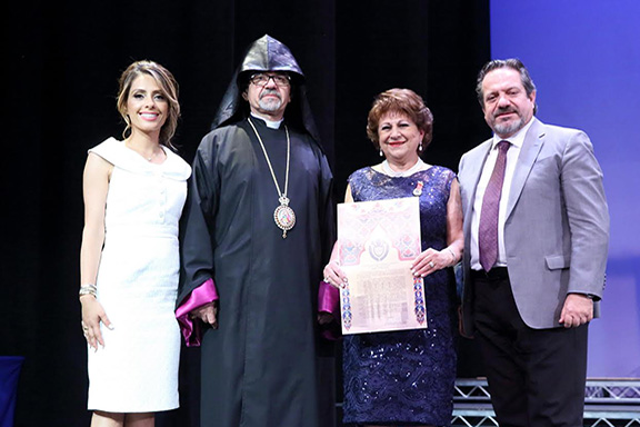 L to r: Chamlian Principal Dr. Talin Kargodorian, Western Prelate Archbishop Moushegh Mardirossian, Chamlian Vice-Principal Rita Kaprielian, and Executive Council member George Chorbajian