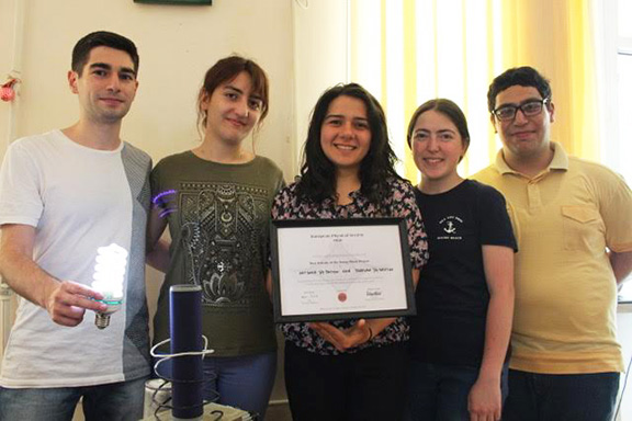 Yerevan Young Minds group with award, from l to r:  Artyom Stepanyan, Anna Grigoryan, Hripsime Mkrtchyan, Gayane Karapetyan Davit Aslanyan