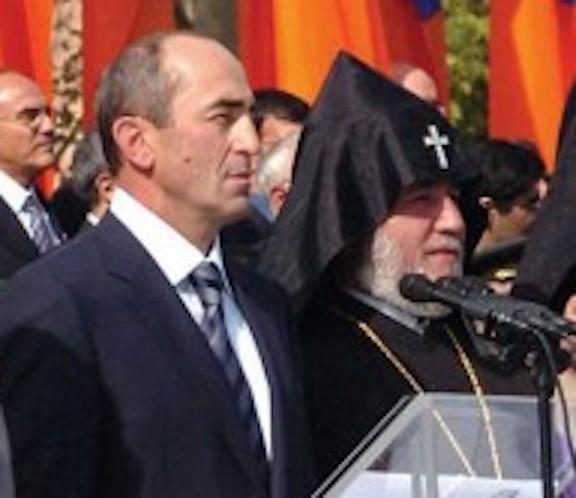 Former president Robert Kocharian with Catholicos Karekin II