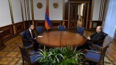 President Armen Sarkissian meets with Armenia's Human Rights Defender Arman Tatoyan