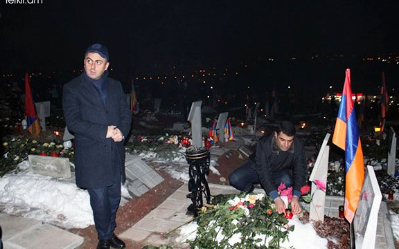 VIEW GALLERY: ARF members pay tribute to fallen heroes at Yerablur