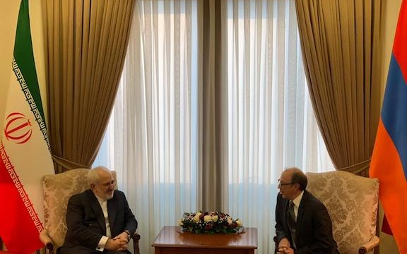 Iran's Foreign Minister Mohammad Javad Zarif (left) meets with his Armenian counterpart Ara Aivazyan in Yerevan on Jan. 27