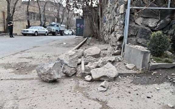 A 4.7 Richter scale earthquake hits Yerevan