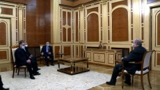President Armen Sarkissian on Feb. 26 met with leaders of the Homeland Salvation Movement