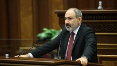 Prime Minister Nikol Pashinyan addresses parliament on April 14