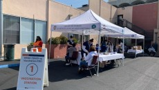 Councilmember Mark Ridley-Thomas in partnership with CHA Hollywood Presbyterian Medical Center and the Southern California Eye Institute presented a walk-up, mobile COVID-19 clinic, where eligible community members can receive theCOVID-19 vaccine
