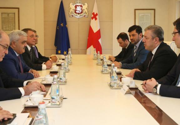 "Georgian Prime Minister meeting with Azerbaijan's state oil company ""SOCAR"" President Abdullayev. (Source: Interpress News)"