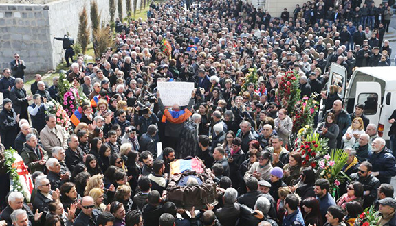 """Hundreds attend the funeral of Artur Sargsyan known as the """"Bread Taker"""""""
