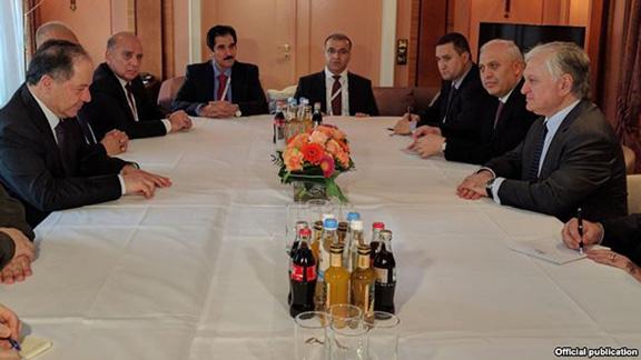 Armenian Foreign Minister Edward Nalbandian (right) meets with Iraqi Kurdistan's President Massoud Barzani in Munich on Feb. 17, 2017 (Photo: Ministry of Foreign Affairs of Armenia)