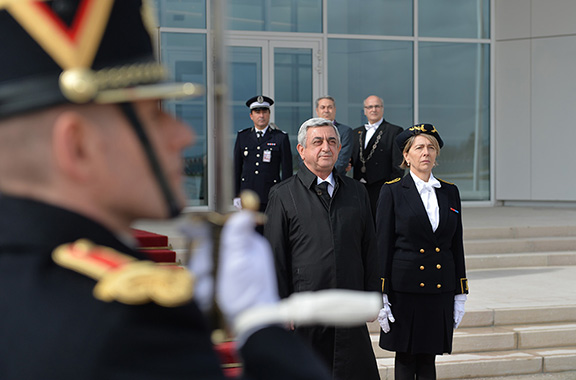 Armenian President Serzh Sarkisian during his welcoming ceremony in Paris, France (Photo: Press Office of the Armenian President)