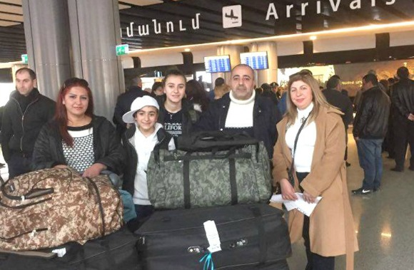 Syrian Armenian family at the arrivals section of the Zvartnots International Airport in Yerevan (Photo: IDeA Foundation)