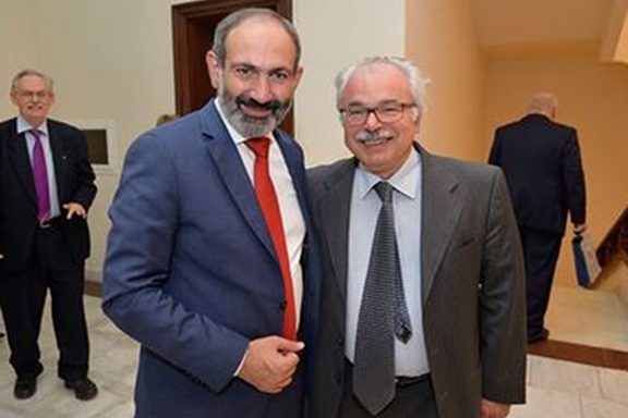 Bedros Terzian (right) with Prime Minister Nikol Pashinyan at the Hayastan All-Armenia Fund meeting in May in Yerevan