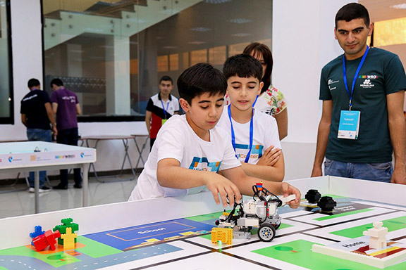 A scene from the 2019 World Robot Olympiad National Stage in Yerevan. Photo courtesy of Rostelecom