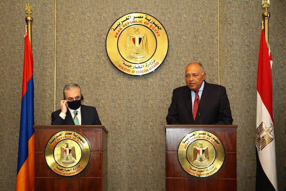 Armenia's Foreign Minister Zohrab Mnatsakanyan with his Egyptian counterpart Sameh Shoukry in Cairo on Sept. 14