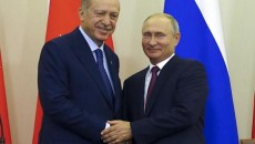 Turkish President Recep Tayyip Erdogan (left) with his Russian counterpart Vladimir Putin