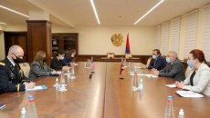 Armenia's Defense Minister Vagharshak Harutyunyan (right) in a meeting with U.S. Ambassador to Armenia Lynne Tracy on Nov. 30