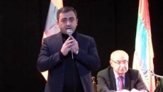 Ishkhan Saghatelyan and Vazgen Manukyan of the National Salvation Movement at a rally in Gyumri on Jan. 15