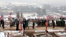 Throngs of people visited Yerablur National Military Cemetery on Jan. 22 on Armed Forces Day