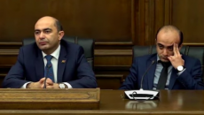 Bright Armenia Party leaders Edmon Marukyan (left) and Taron Simonyan during Feb. 12 parliament session (Screen grab from Youtube)