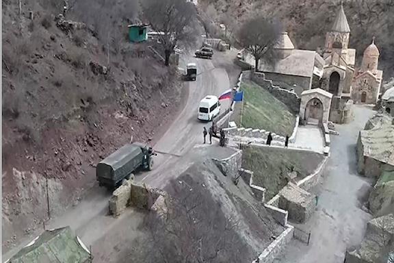 The convoy carrying Armenian pilgrims to Dadivank