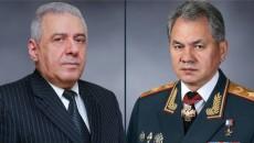 Armenian and Russian defense minister Vagharshak Harutiunyan (left) and Sergei Shoigu