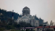 The Ghazanchetsots Cathedral in Shushi is being dismantled by Azerbaijanis